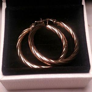 10k yellow gold pierced hoops